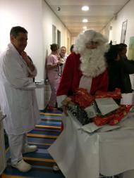 A l'Hôpital des Broussailles avec les enfants en décembre 2017